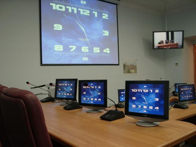 Зал защиты диссертаций СтГАУ Ставрополь Оборудование  В качестве средств отображения коллективного пользования для этого проекта был выбран отражательный экран размером 2 3х3 м и плазменная панель диагональю 50